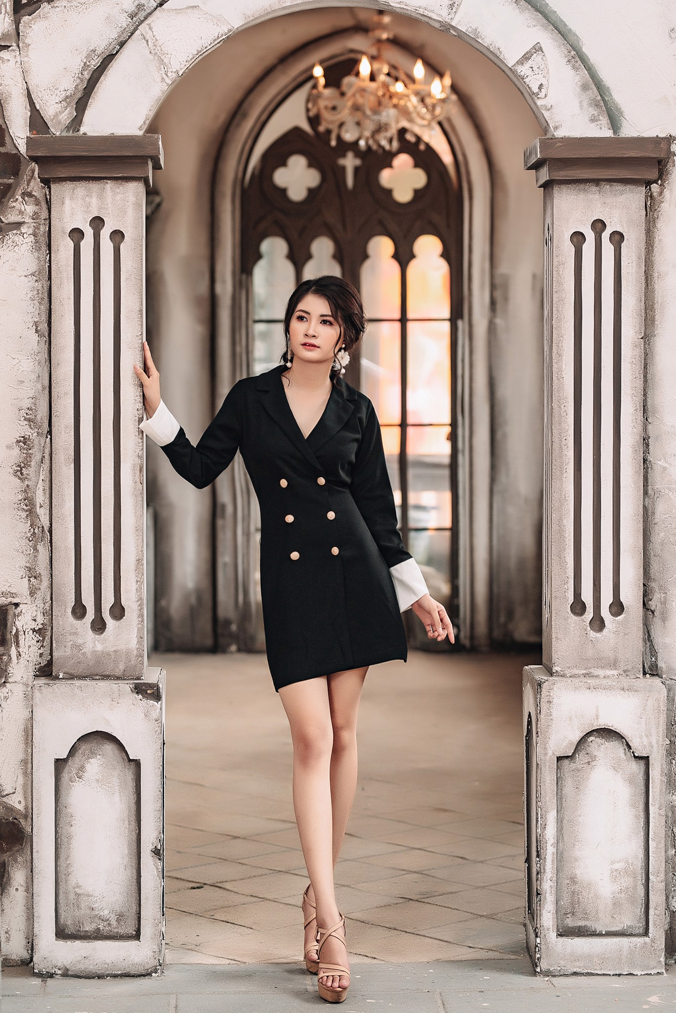 Đầm vest đen Mia Selena thiết kế sang trọng (Đen, trắng)