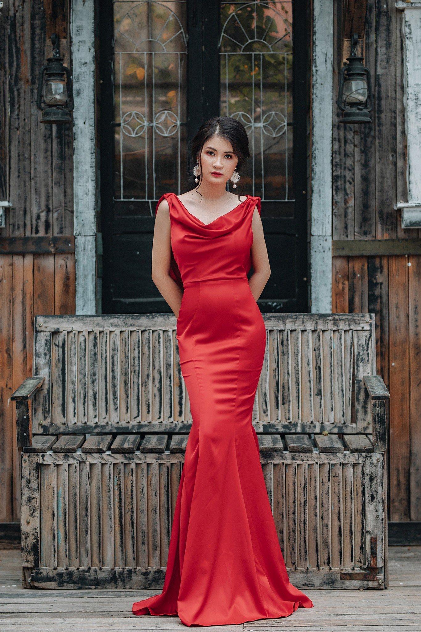 Đầm dạ hội Mia Selena thiết kế cổ đổ choàng phía sau tuyệt đẹp ( Đỏ)