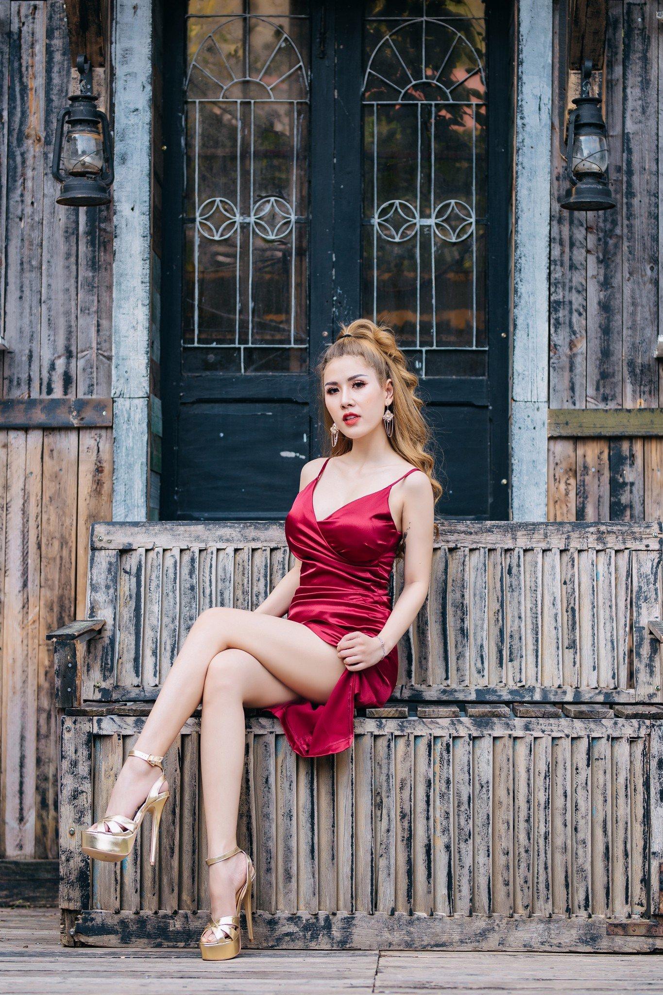Đầm dự tiệc ,dạo phố hai dây Mia Selena thiết kế ôm body tuyệt đẹp (Đỏ)