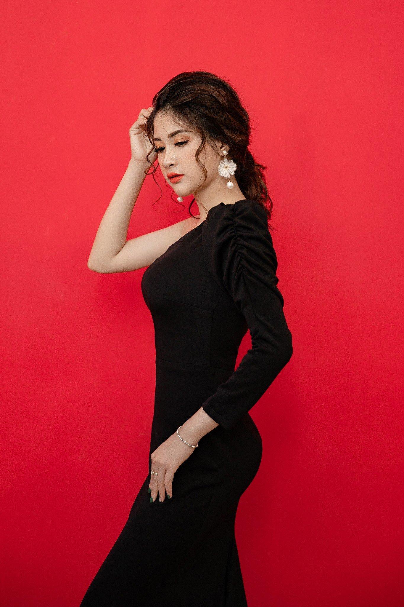 Đầm dạ hội  Mia Selena thiết kế  lệch vai  cực tôn dáng (Đen)