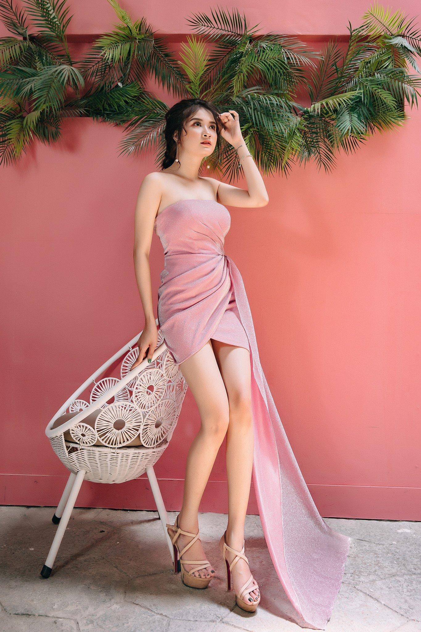 Đầm kim tuyến Mia Selena  tà dài thiết kế sang chảnh ( Hồng )