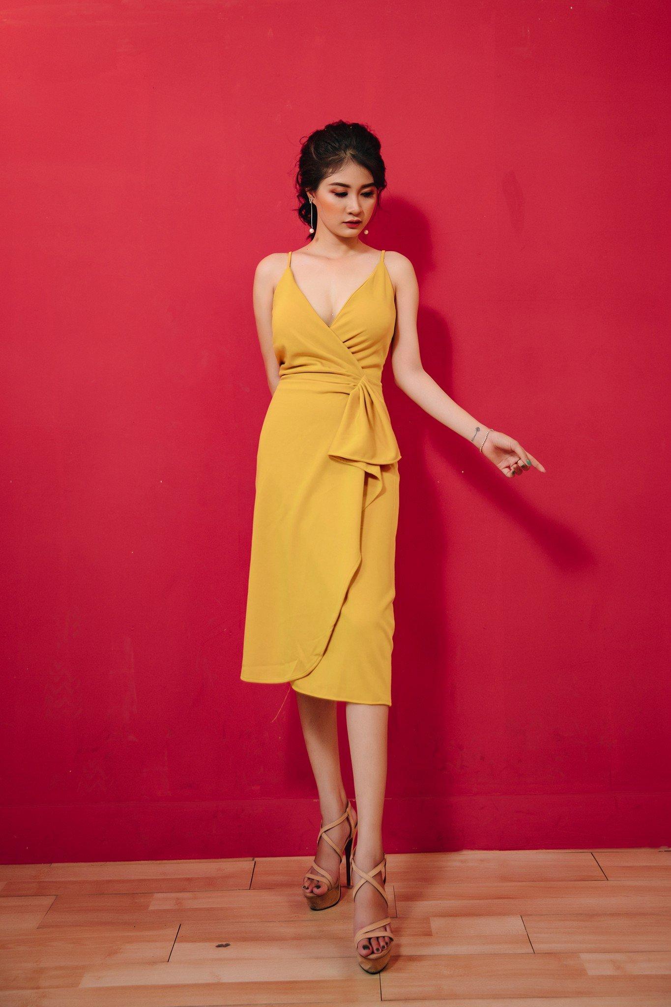 Đầm dự tiệc, dạo phố Mia Selena hai dây thiết kế trẻ trung (Vàng)