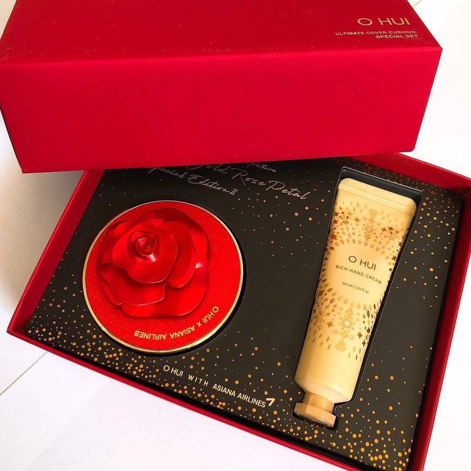 O HUI Ultimate Cover Cushion Moisture Red & Gold Rose Petal Special Edition II Special Set