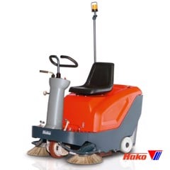 Vacuum sweepers ride on Sweepmaster B800R