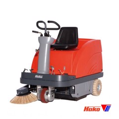 Vacuum sweepers ride on Sweepmaster P/B900R