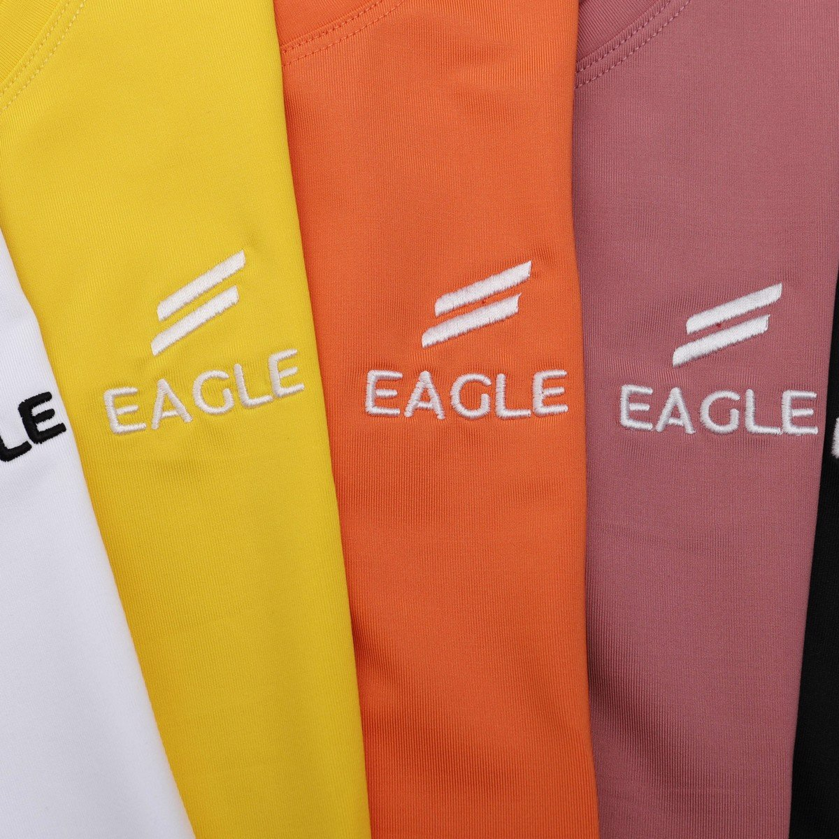 Áo crop top Eagle logo thêu
