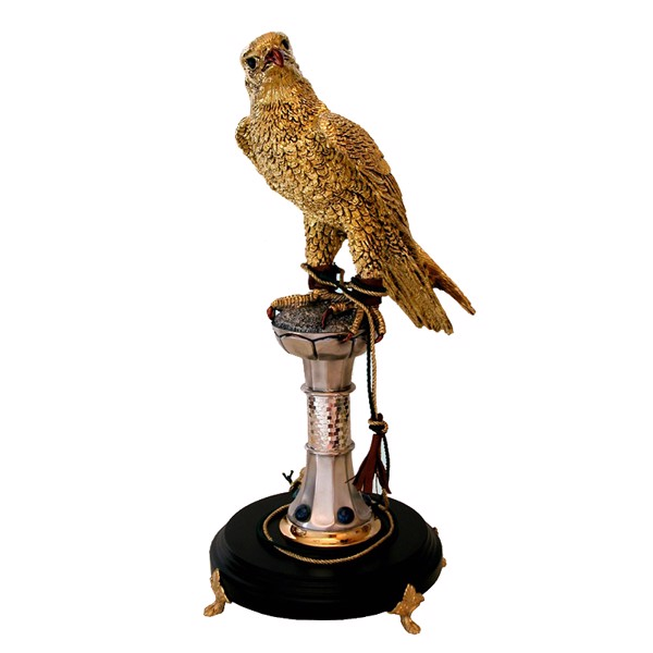 Tượng Golden Falcon on stand with Azurite