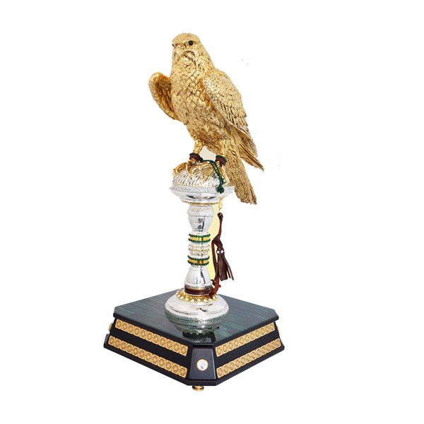 Tượng Golden Falcon On Silver Stand With Swarovsky With Wooden Malachite Base