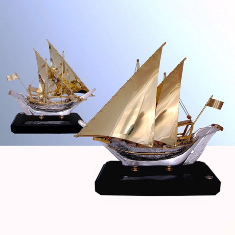 Tượng Arabian Boat with 2 Sails with Wood Base