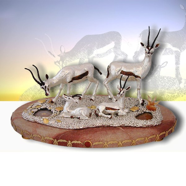 Tượng 04 Gazelles Silver On Marble Base with Trims