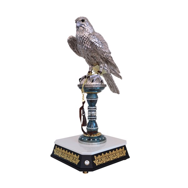 Tượng Silver Falcon On Oxydated Stand With Swarowsky With Wooden Base