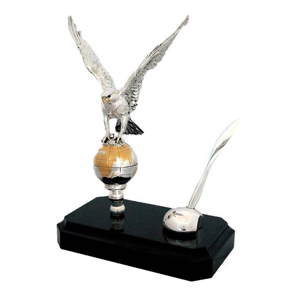 Tượng Silver Falcon Open Wings Antique Finishing With Wooden Base