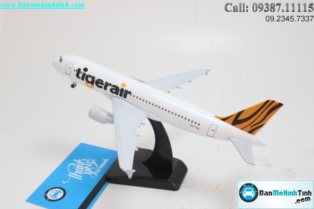 MO-HINH-MAY-BAY-A320-TIGERAIR-20CM