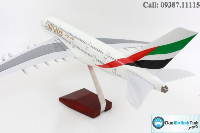 MO-HINH-MAY-BAY-AIRBUS-A380-EMIRATES