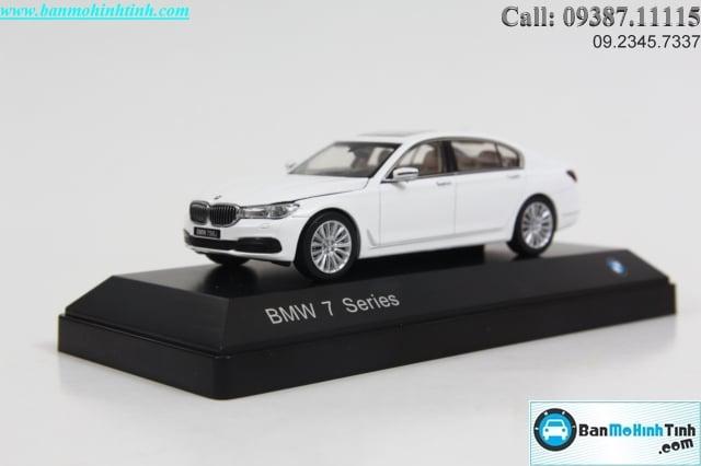 MO-HINH-O-TO-BMW-750I-1-18