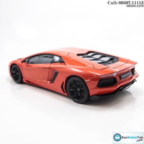MÔ HÌNH LAMBORGHINI AVENTADOR LP700 ORANGE 1:18 WELLY-FX