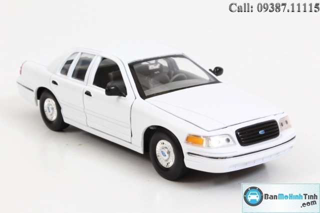 MO-HINH-XE-1999-FORD-CROWN-VICTORIA-WHITE-124-WELLY