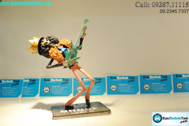 MÔ HÌNH BROOK (ONE PIECE) BANDAI