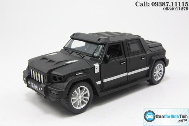 Mô hình xe ô tô XE-KOMBAT PROMBRON BLACK