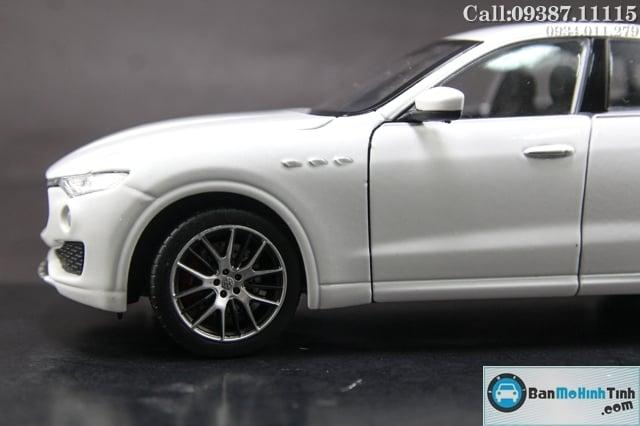 XE Mô hình xe ô tô MASERATI LEVANTE WHITE