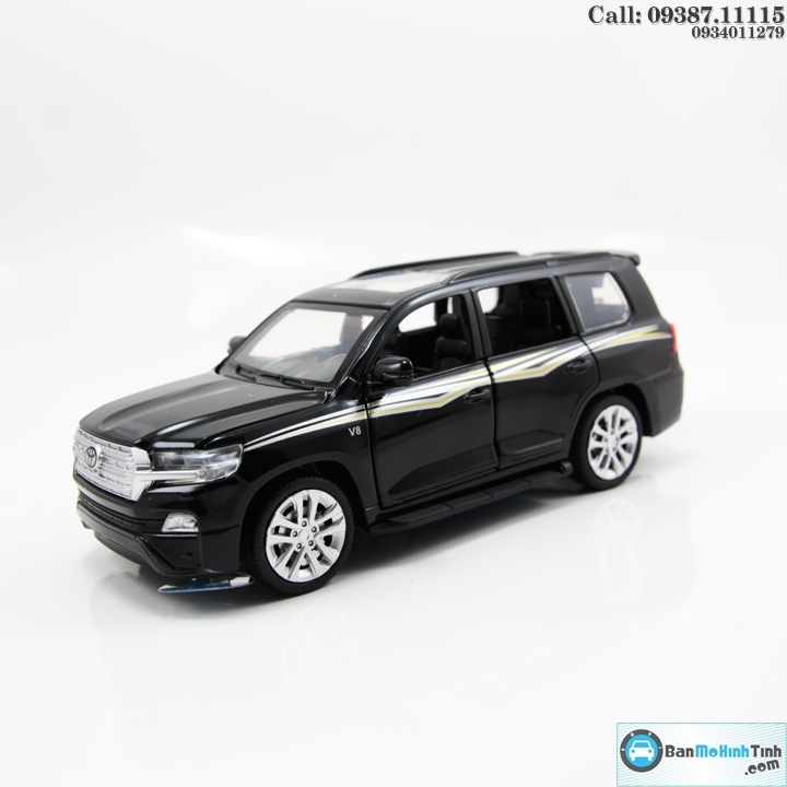 MO-HINH-O-TO-TOYOTA-LAND-CRUISER-2019-4WD-V8-BLACK