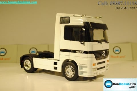 Mô hình Truck Mercedes-Benz Actor 1:32 Welly