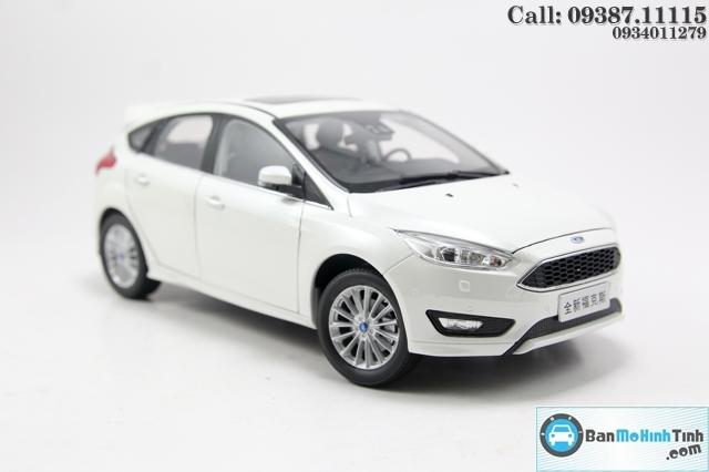 XE Mô hình xe ô tô FORD FOCUS WHITE