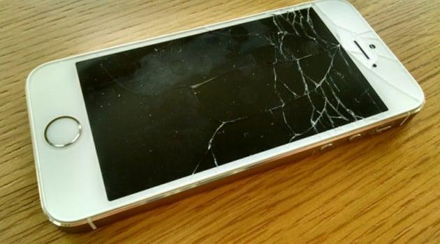 camera iphone 5s bị hỏng do người dùng làm rơi máy