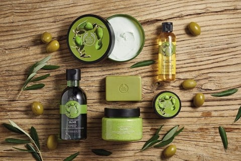 The Body Shop- Combo 2 Sữa tắm olive 250ml+bông tăm