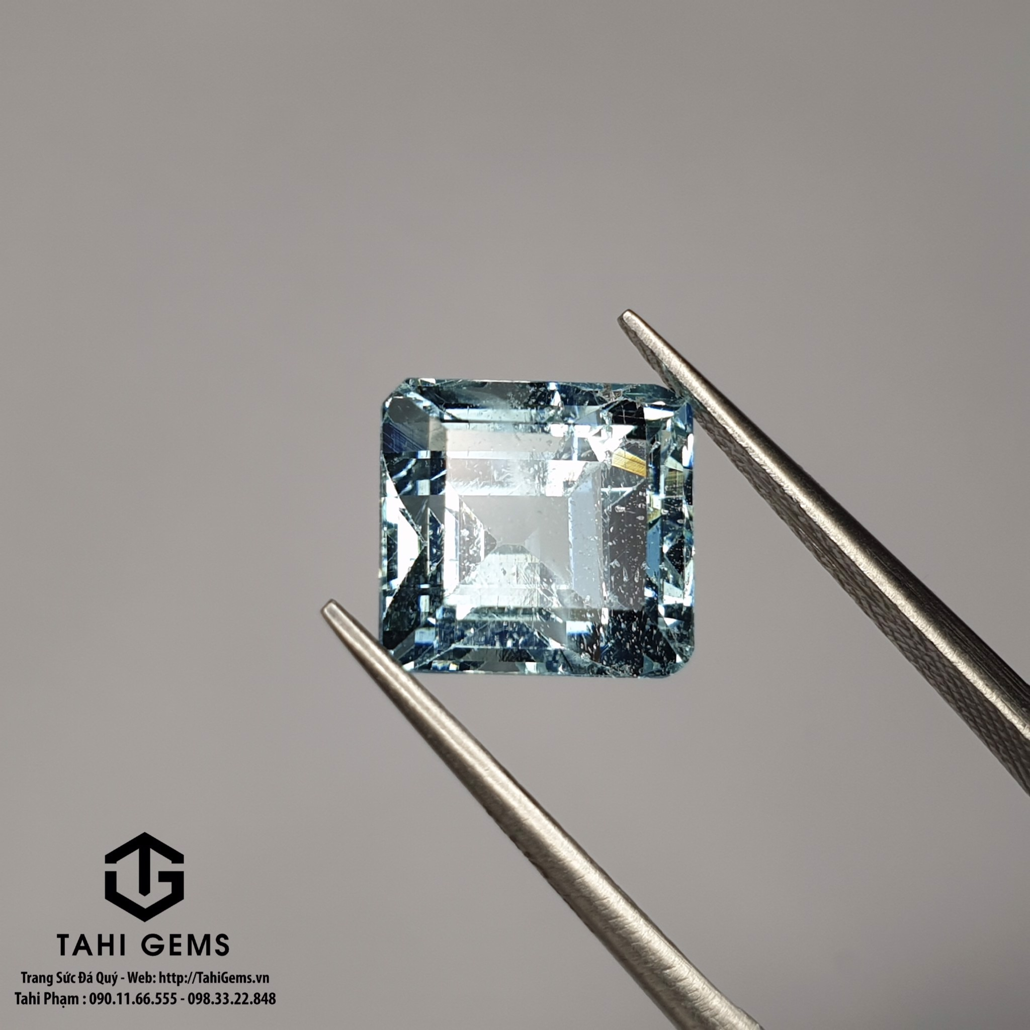 TAHI 8952 NATURAL AQUAMARINE