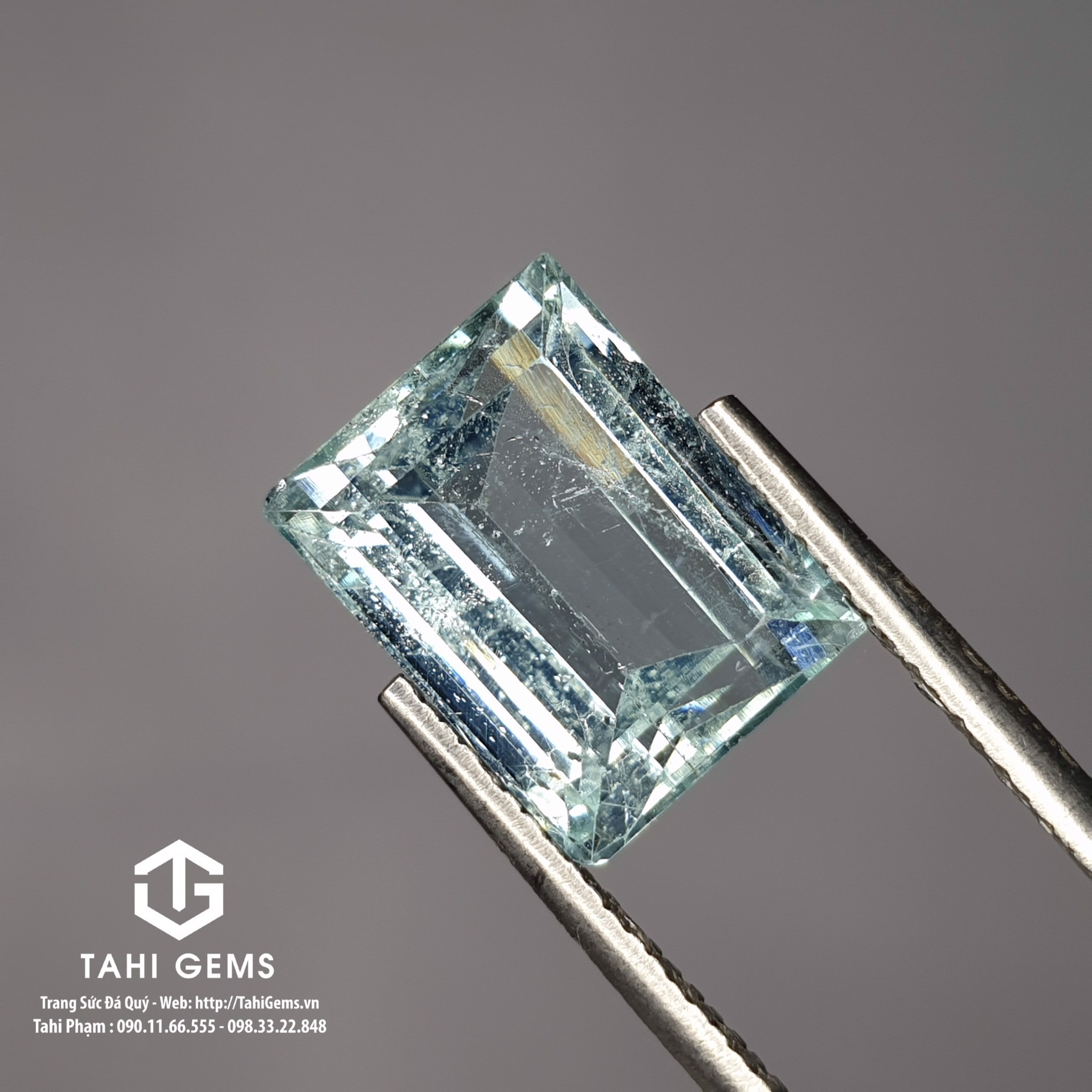 TAHI 8950 NATURAL AQUAMARINE