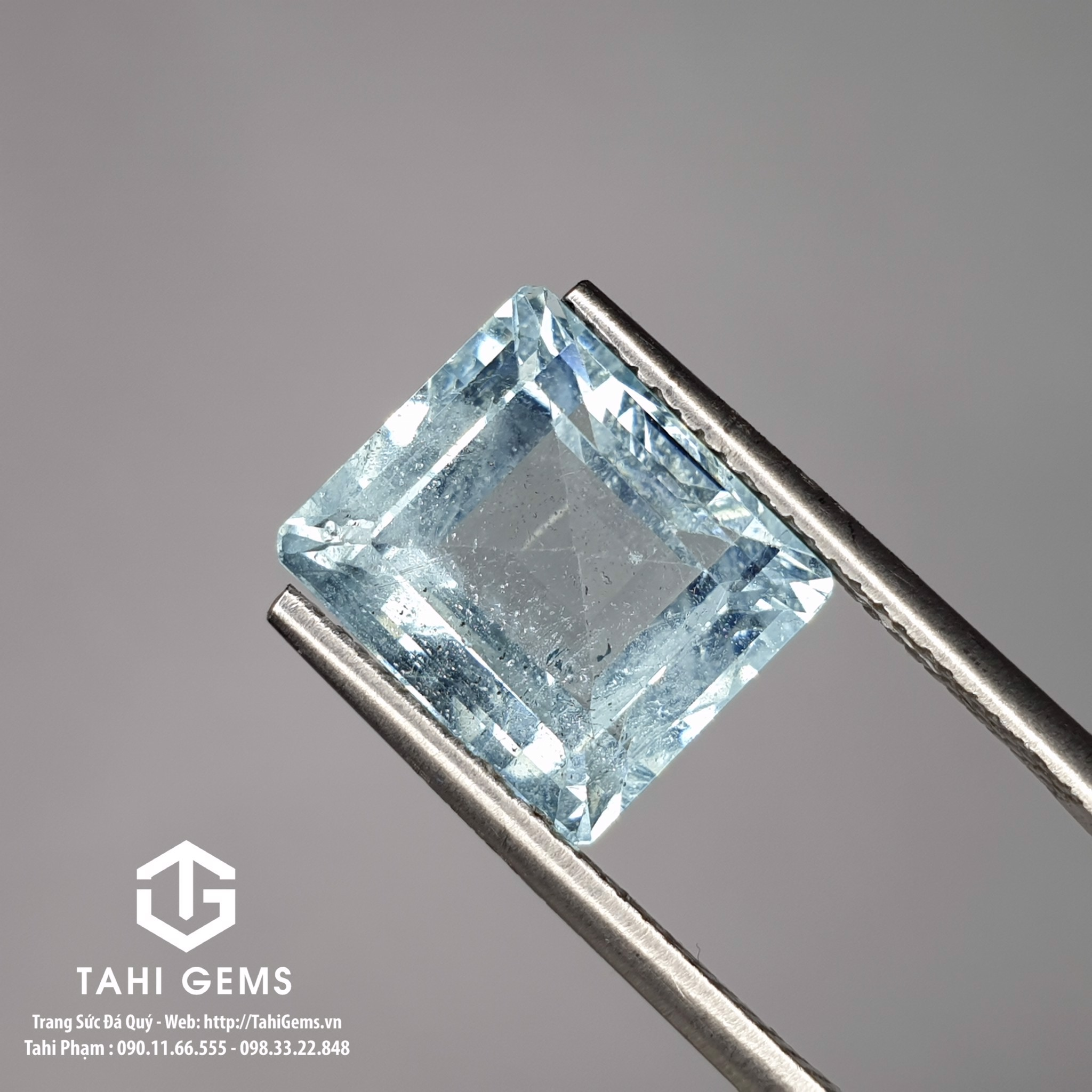 TAHI 8954 NATURAL AQUAMARINE