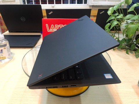 ThinkPad X1 Carbon Gen 7  (i7 8665u)