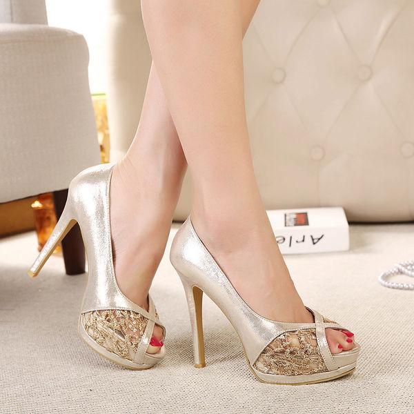 10 mẫu giày cao gót khiến phái đẹp