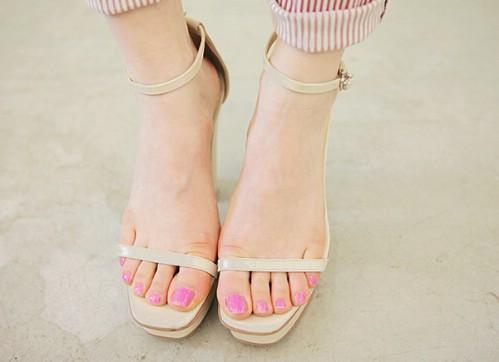 doi-sandals-kho-loi-mot-mix-do-nghin-kieu-deu-dep-2