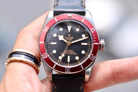 Tudor Heritage Black Bay Red M79230R-0011