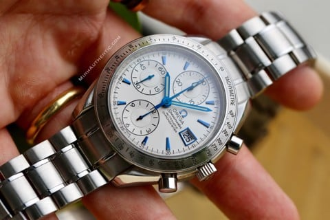 Omega Speedmaster Date Automatic Chronograph Japan Edition 3211.32