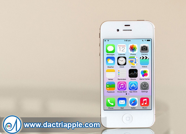 Thay pin iPhone 4 quận 5