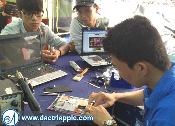 Thay pin iPad 3 quận 3