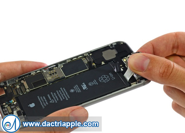 Thay pin iPhone 6 plus quận 11