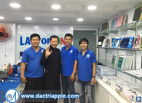Thay pin iPhone 7 quận 7