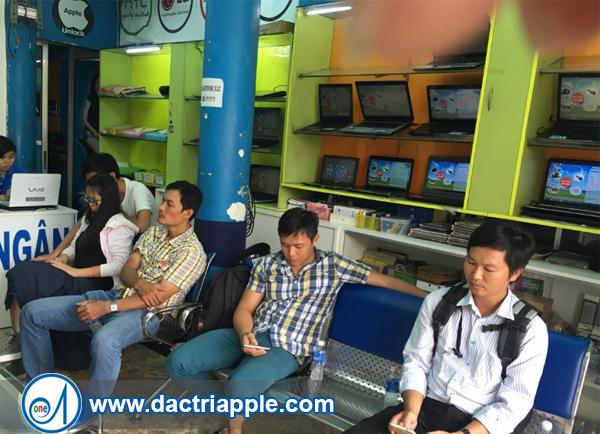 Thay mặt kính iPhone 7 quận Tân Bình