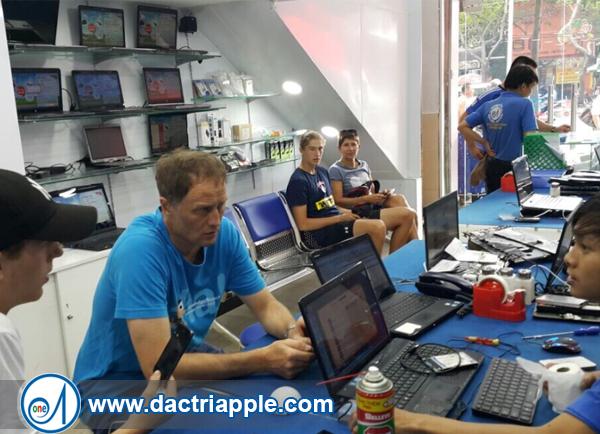Thay mặt kính iPhone 7 quận Bình Tân