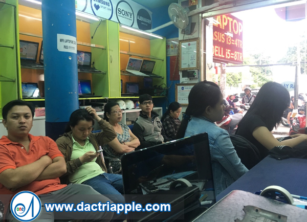 Thay mặt kính iPhone 7 quận Tân Phú