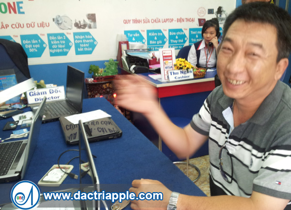 Thay pin iPad mini 3 quận 3
