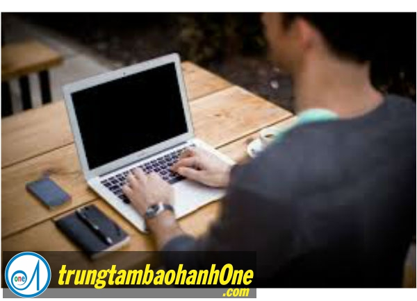 Dịch Vụ Sửa Laptop TOSHIBA SATELLITE P35W Chết IC Nguồn