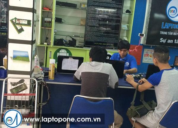 Thay ổ cứng laptop Asus giá rẻ
