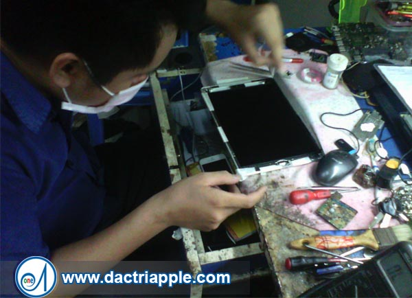 Thay pin iPad 3 quận 2
