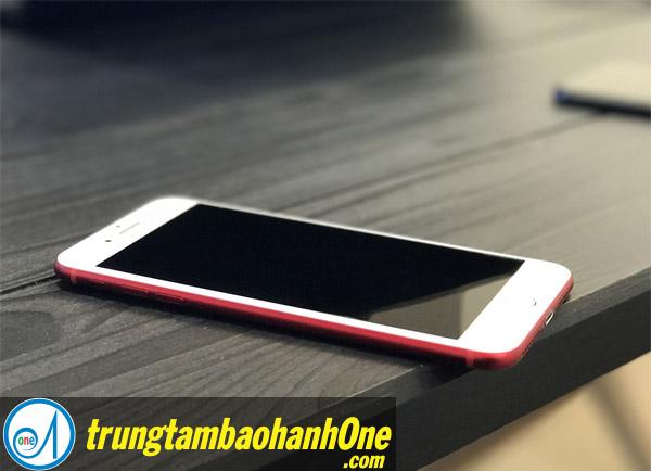 Sửa iPhone 7 Plus không tắt màn hình