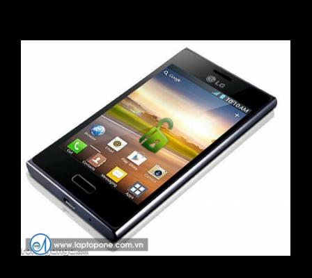 Thay mặt kính LG E960 giá rẻ
